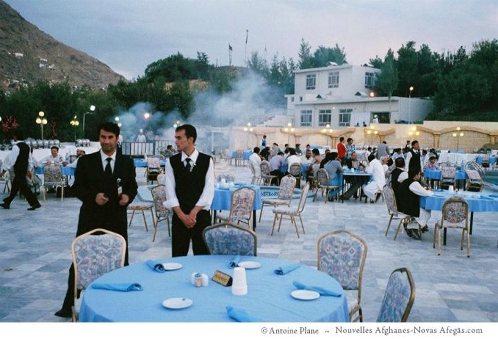 Cabul Iftar, en la terraza del hotel intercontinental