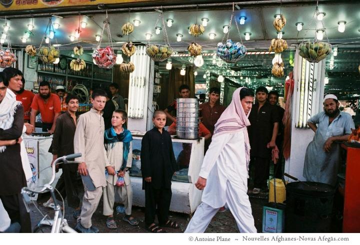 Jalalabad, tienda de sucos y helados